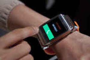Samsung $299 Galaxy Gear Tests Demand for Smart Watches
